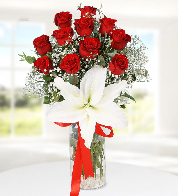 Red Roses and Lilium in Vase