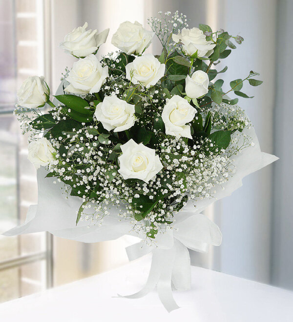 11 White Roses Bouquet