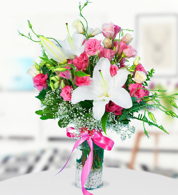 White Lilium and Pink Lisianthus